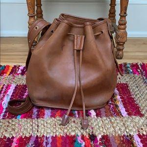 Vintage Coach tan leather bucket bag